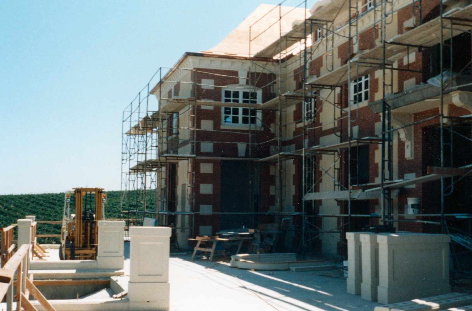 Construction of Chateau